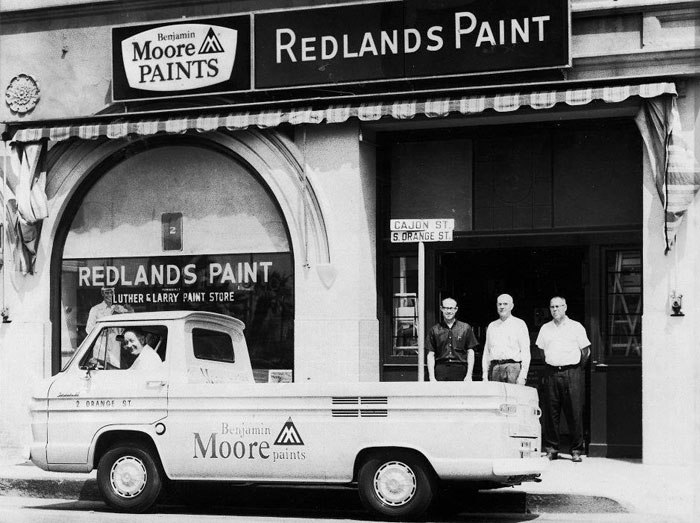 Redlands paint store best of the inland empire for Benjamin moore paint store san francisco